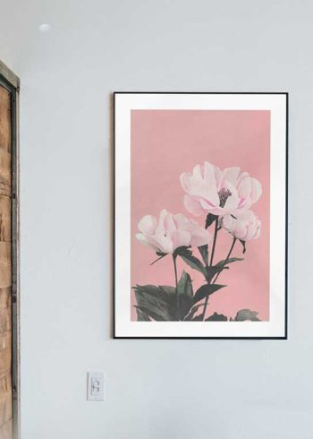 COLORIZED VINTAGE FLOWERS NO. 2 POSTER